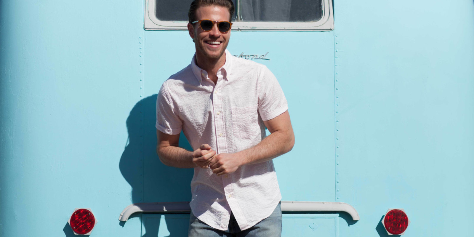 Ratio Clothing uses Spree Commerce for its online platform with customized shirts and a machine learning fitting algorithm